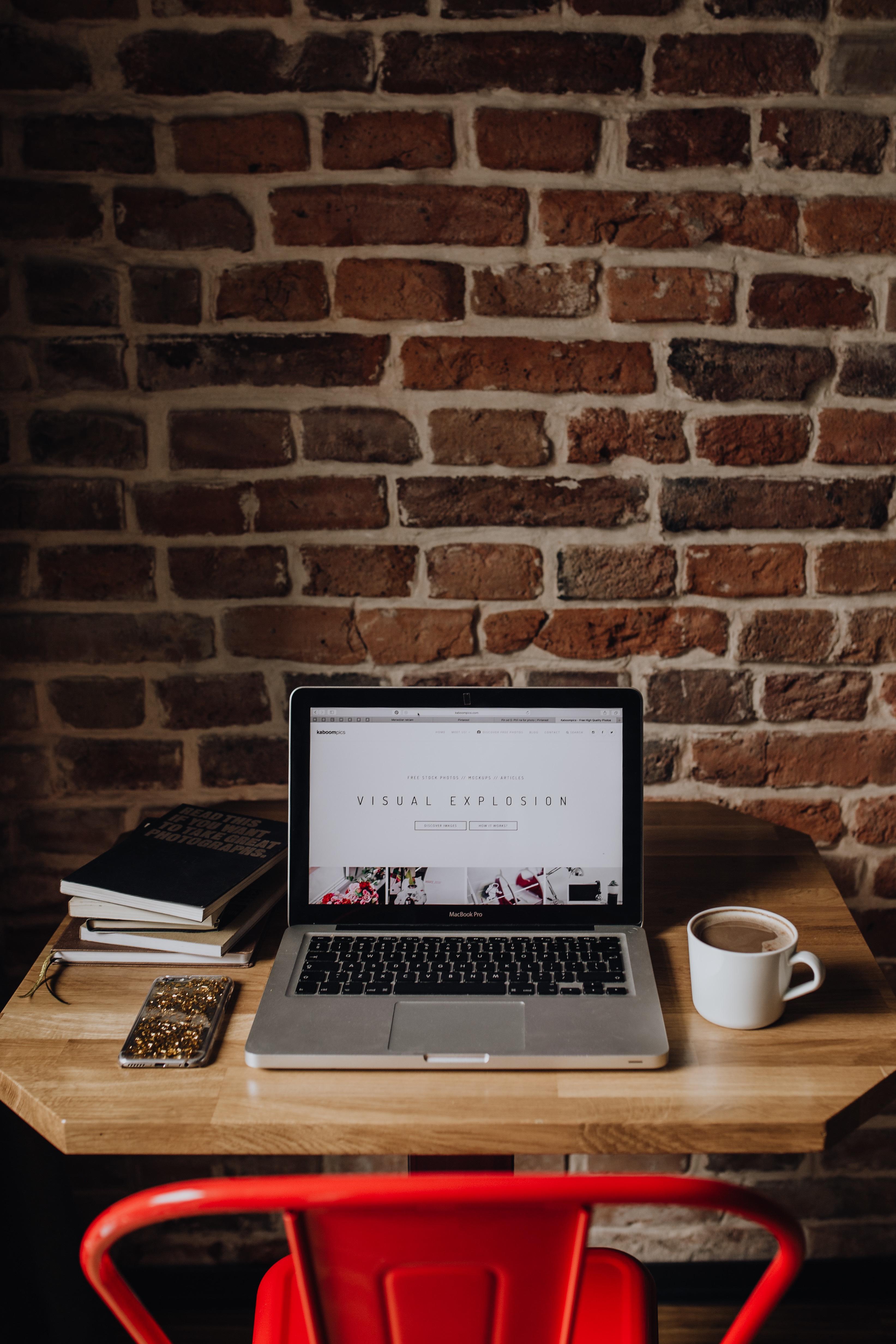 Artykuł sponsorowany – jak go napisać, żeby wzbudzał zainteresowanie?