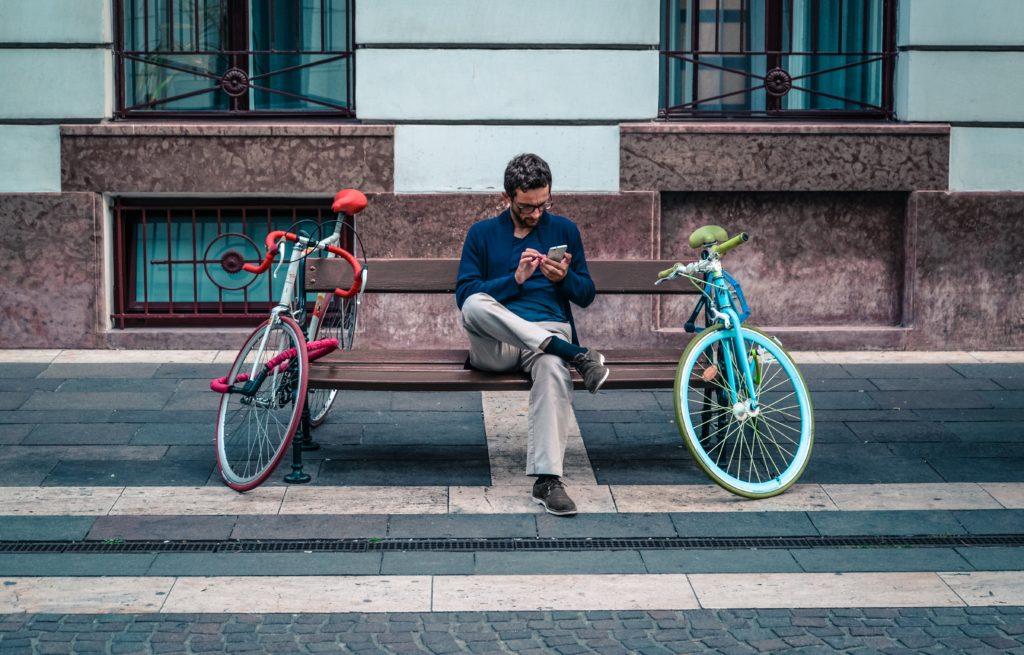 Jak skutecznie trafiać do odbiorców mobilnych